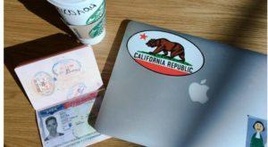 ноутбук и паспорт