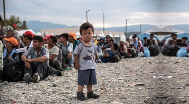 беженцы в очереди